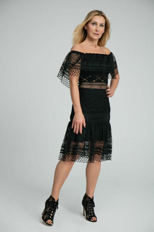 sukienka koronkowa, bestseller, sukienka od polskiej projektantki, sukienka z półhalką, limitowana wersja